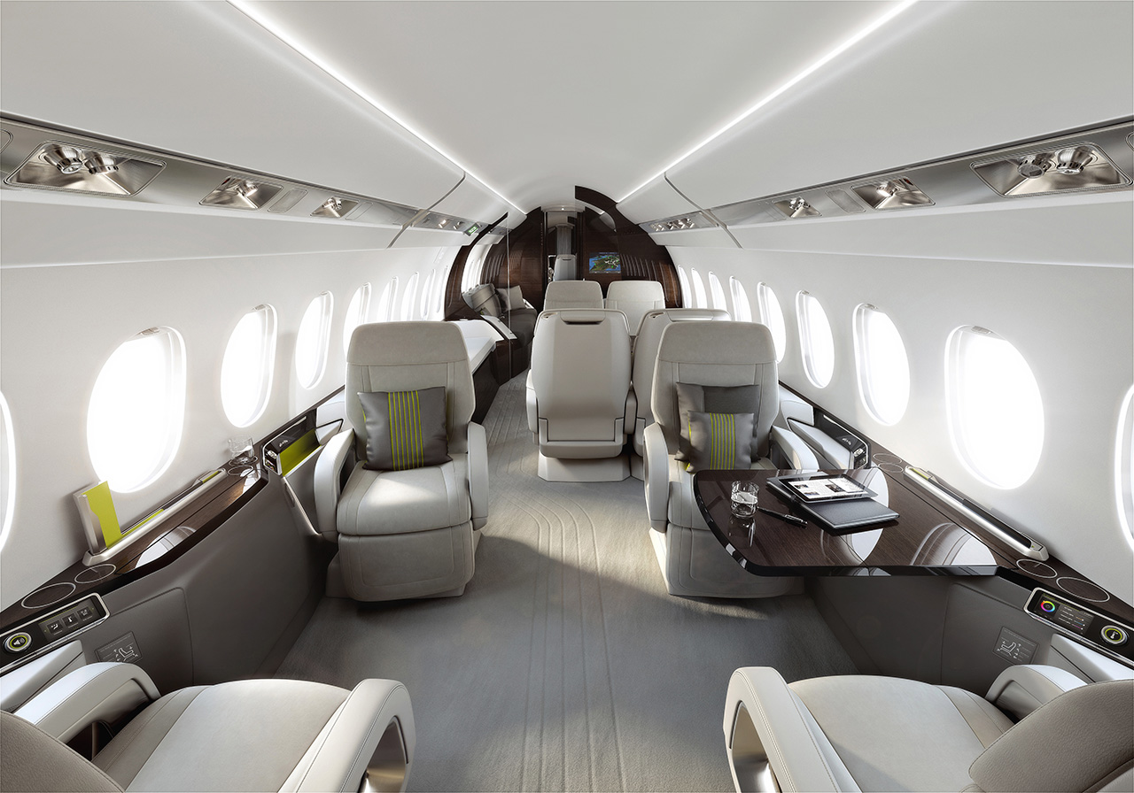 Falcon 5X interior