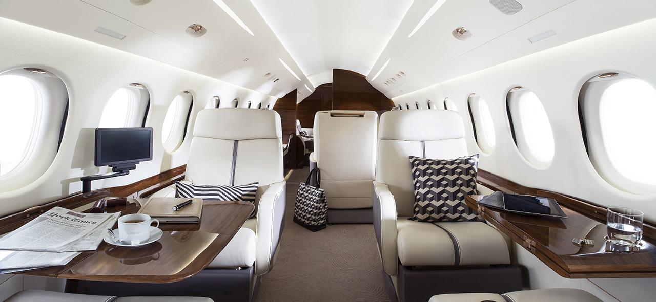 Dassault Falcon 7X Wide body cabin